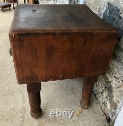 Antique Butcher Block. Commercial Grade. Circa 1920, 32x24x24. Great Color
