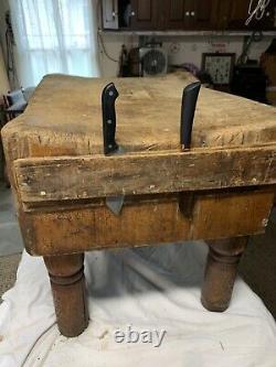 Vintage/Antique Butcher Block Masterbuilt Welded Wood Michigan Maple Block Co