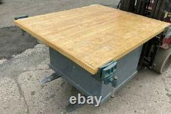 Wood Working shop butcher block bench 65 x 55 x33 mTOOL CABINET 66 x55 x 33