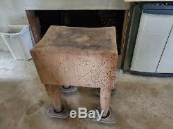 Antique Vintage Solide Butcher Block Table Très Bon État Et La Qualité