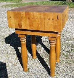 Bâton Ou Table Vintage De Menuiserie D'érable