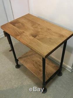 Bloc De Boucher D'érable / Table De Tuyau De Planche À Découper / Style Industriel