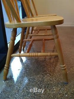 Caisse Et Cylindrique Ferme Table + 2 Chaises Bloc De Boucher, Chic Minable