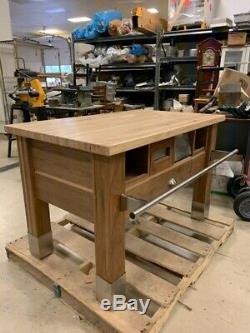Cuisine Préparation Table, Noyer Avec Bloc Boucher Maple 600 $