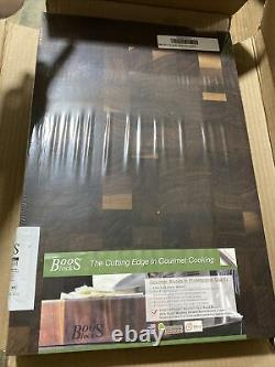 John Boos Walnut Wood Edge Grain Réversible Cutting Board, 18 X 12 X 1,75 Pouces
