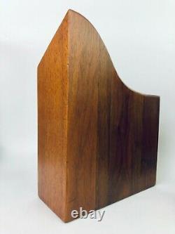 Paire De Serre-livres Sculpturaux Modernes De Bloc De Boucher De Bois Du Milieu Du Siècle