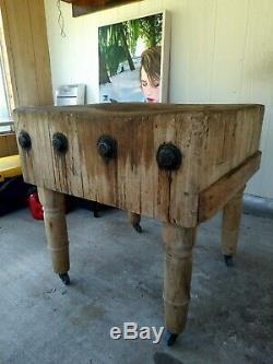 Rare Antique Table De Bloc De Boucher En Bois Massif 30 X 31x 12 32 Roues D'érable Vintage
