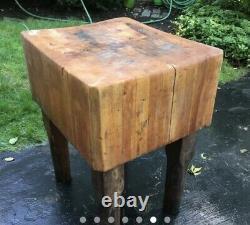 Rare Vintage Authentique Années 1920 Nyc Maple Butcher Block Table Island 20x24x30
