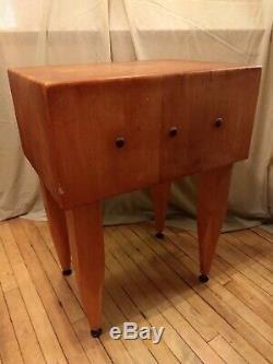 Rare Vintage En Bois Massif Butcher Block Table 32h X 24w X 18d Très Peu Utilisé