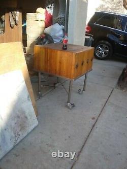 Rare Vintage Maple Butcher Block Table, Kitchen Island. Chariot De Roue Fait Sur Commande