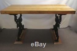 Réorientés 3 Épais Maple Butcher Block Table Sur La Fonte. 35h X 60w X 24d