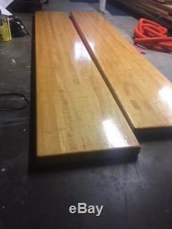 Solide Maple Butcher Block Table D'occasion État 16x8' Et Autres