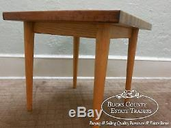 Table D'appoint Carrée En Bois De Boucher Mélangé De Style Moderne Au Milieu Du Siècle