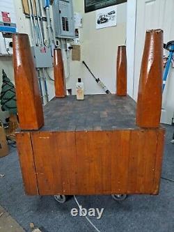 Vintage Butchers Block Stands 34 Pouces De Surface Est De 40 X 30 X 16 D'épaisseur