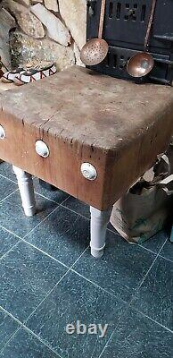 Vintage Original All Wood Butcher Block Local Pick Up Seulement